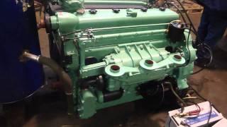 getlinkyoutube.com-Sherman Tank Engine GM 6046 Twindiesel Fire Up
