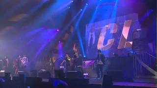 getlinkyoutube.com-GD&TOP Feat CL AND MINZY Oh Yeah YG 15th Anniversary Family Concert
