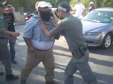 Israeli Police Brutalize Sheikh Jarrah Demonstrators