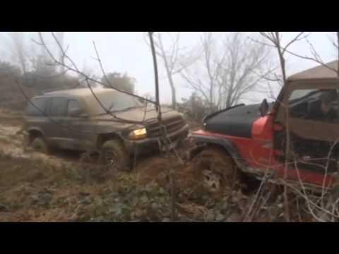 Niva vs Mitsubishi Pajero io Vs Wrangler. INSANE OFF-ROAD!!!