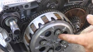 getlinkyoutube.com-How a motorcycle clutch works