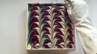 getlinkyoutube.com-5 color swirl soapmaking & cutting
