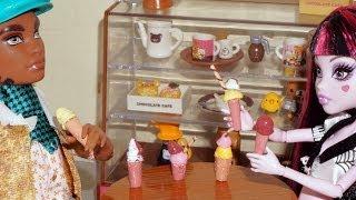 getlinkyoutube.com-Como fazer sorvete (de cola quente) para boneca Monster High, Barbie, etc