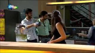 getlinkyoutube.com-مزاح وضحك بي محمد ع وسهيله وهايدي وانيس في مطبخ  ليوم الاثنين 26-10-2015