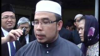 getlinkyoutube.com-Ex Perlis mufti arrested after 'ceramah'