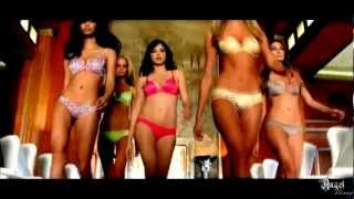 getlinkyoutube.com-Adriana Lima, Candice Swanepoel, Alessandra Ambrosio and other top models - rain over me 1080p HD