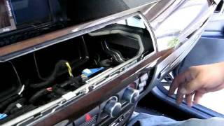 getlinkyoutube.com-How to Remove CD Changer from  BMW 745, 750, 760 for Repair.