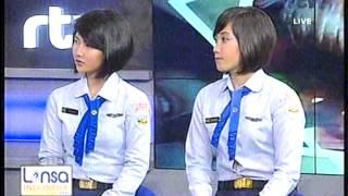 getlinkyoutube.com-Pramugari pesawat President yang cantik Serda Theresea