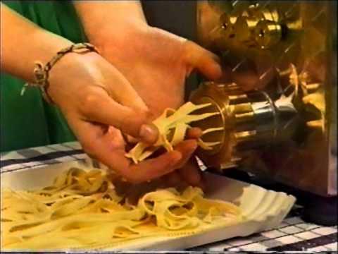 Macchina per la pasta come scegliere la migliore tutto - Impastatrice per pasta fatta in casa ...
