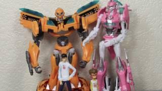 getlinkyoutube.com-Transformers Prime Bumblebee, Arcee, Jack & Raf NYCC 2011 Exclusive Set Review