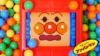 getlinkyoutube.com-アンパンマンおもちゃアニメ くるくるおかおキューブ アンパンマン&メロンパンナちゃん 食玩 Anpanman Toys