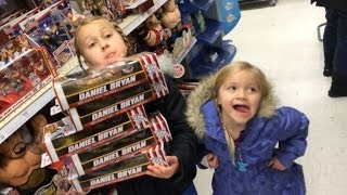 getlinkyoutube.com-WWE Figure shopping with The Little Grimmettes! Toysrus action aisle store Christmas review