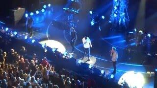getlinkyoutube.com-One Direction Full Performance Jingle Ball LA 2015 HD