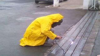 getlinkyoutube.com-fazemos  serviço de soldas  em portões grades Corre mão portas janelas vritorem Ferros FTADL único