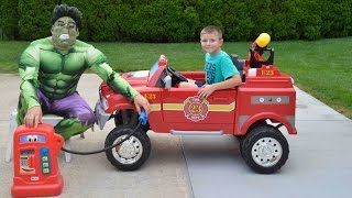 getlinkyoutube.com-Little Heroes  Hulk the Superhero, the Kid Firemen and The Gas Tank Confusion Funny Kids YouTube Vid