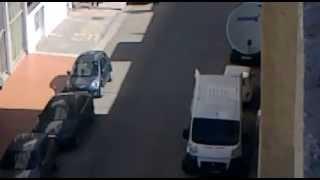 getlinkyoutube.com-فضيحة بمكناس حمرية:استعمال سيارة الدولة في ترحيل منزل شخصي