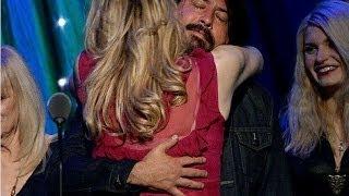 getlinkyoutube.com-Nirvana's Hall of Fame Induction - 7 Emotional Moments