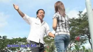 getlinkyoutube.com-Tekura Nyemerai-Gilbert Gaong