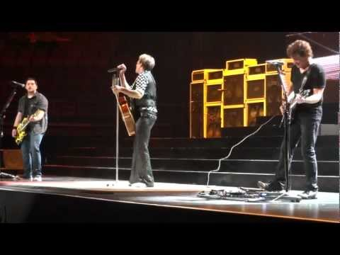 Van Halen - Ice Cream Man (4/29/2012) St. Louis