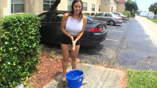 getlinkyoutube.com-Trina official ALS Ice Bucket Challenge