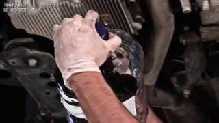 getlinkyoutube.com-Cómo hacer una revisión y cambio de aceite