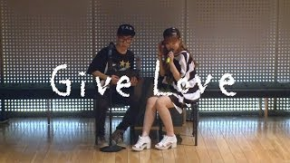 getlinkyoutube.com-Akdong Musician(AKMU) - 'GIVE LOVE' Dance Practice