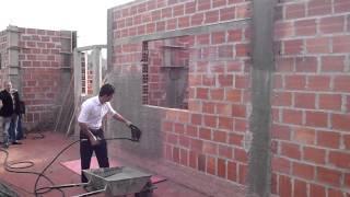 getlinkyoutube.com-Máquina de Chapiscar e Rebocar - Treinamento Construtora LR Brasil [Campos do Jordão-SP]