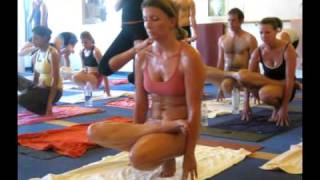 getlinkyoutube.com-bikram yoga.