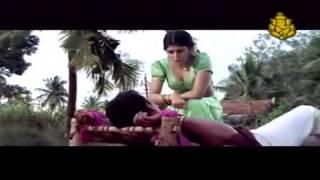 getlinkyoutube.com-Radhika Hot Cleavage