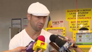 getlinkyoutube.com-Boxerul român Lucian Bute la Aeroportul Internațional ''Henri Coandă''