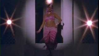 Hot Rekha in pink saree from Do Anjane