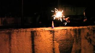 getlinkyoutube.com-Crackling king Firework fountain by STANDARD FIREWORKS INDIA