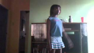 getlinkyoutube.com-miss chin dancing run the world {beyonce}