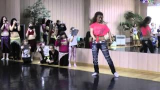 """getlinkyoutube.com-Кристина Деркач """" Хитовый и самый популярный стиль танцевального года -Стрит-Шааби!!!"""