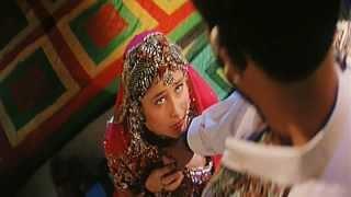 getlinkyoutube.com-Mere Humsafar (Eng Sub) [Full Video Song] (HD) With Lyrics - Refugee