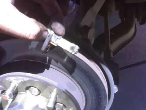 Замена передних тормозных колодок на ховер Н3