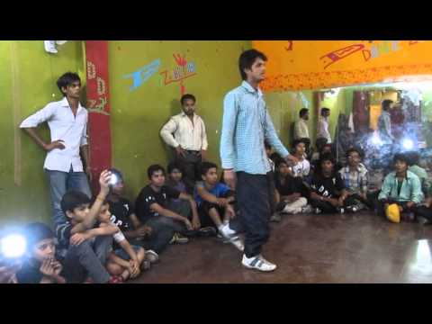 D DANCE ZONE B BOYING WITH CHHOTE USTAD 2