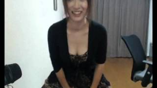 getlinkyoutube.com-【ニコ生】谷間をちらつかせるお姉さん、バランスボールでエア騎乗位
