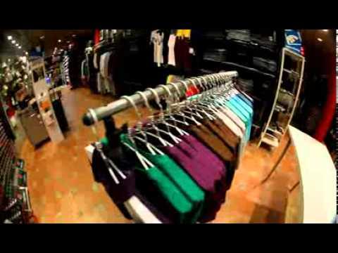 """Viendo el video """"Tienda De Ropa Urbana"""" MP3 Gratis"""