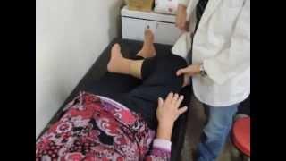 getlinkyoutube.com-坐久站起膝蓋痛是膝關節退化造成的嗎?-薛鴻基物理治療師徒手治療實例