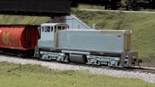getlinkyoutube.com-Layout Update - October 2014: BLI SW1500, Rolling Stock, Kit Builds, Module Progress...