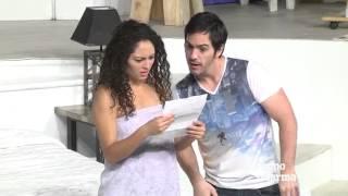 getlinkyoutube.com-Desnudan sus amores en 'Cuatro XXXX'