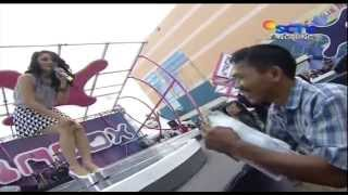 getlinkyoutube.com-SITI BADRIAH Live At Inbox (16-05-2013) Courtesy SCTV