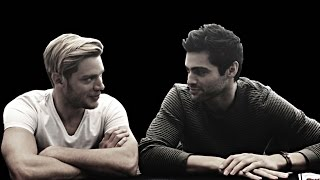 getlinkyoutube.com-matthew daddario + dominic sherwood ➽  no kissing