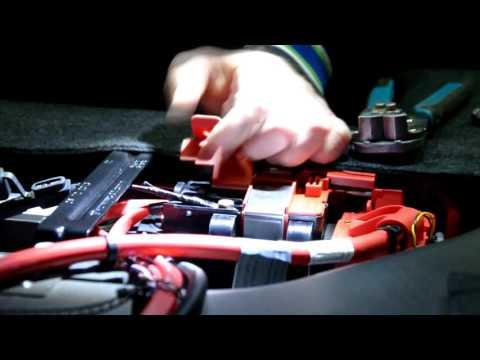 Установка трекера Mielta M3 на BMW 5 серии
