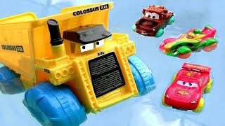 getlinkyoutube.com-Disney Cars Colossus Truck Hydro Wheels Pool Bathtub Water Toys Ramone Mack Truck Rip Clutchgoneski
