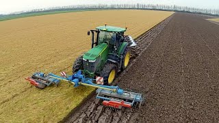 getlinkyoutube.com-Ploughing & Power Harrowing in one pass with a John Deere 7280R / Lemken Zirkon / Kverneland