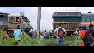 getlinkyoutube.com-Konark Express Locomotive Fails - Coupling With Another Locomotive & Smart Acceleration !!!