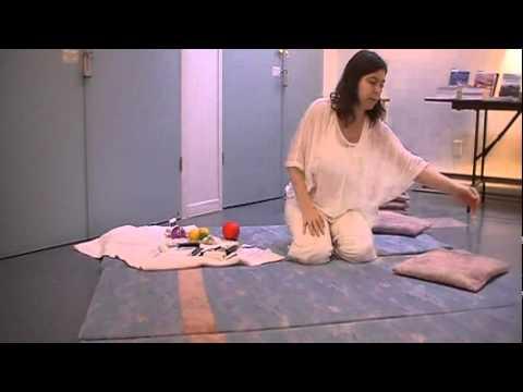 La Relaxation et le Massage Tantrique Spirituel avec Accessoires (Partie 2/2) - Julie Morin