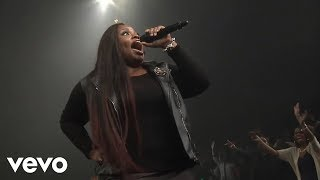 getlinkyoutube.com-Tasha Cobbs - Put A Praise On It (Live) ft. Kierra Sheard
